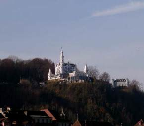 The Gutsch Hotel on a hill above the town