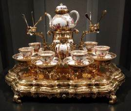 Amsterdam: The Rijksmuseum: tea service