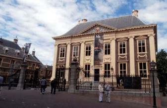and the main entrance to The Mauritshuis