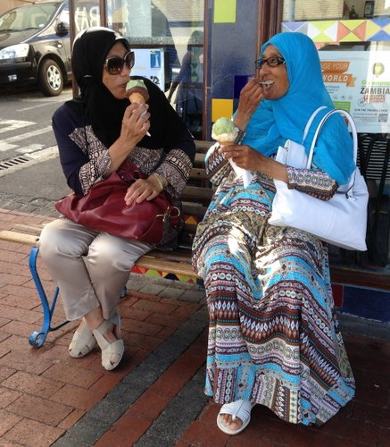 Ice-cream ladies1 - Kalk Bay - 030216