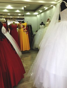 53 wedding gowns rot ed