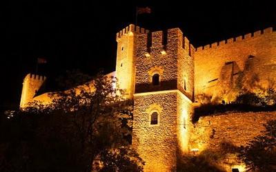 61 Kale Fortress at night ed