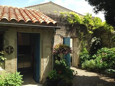 3 M's garden & kitchen door ed