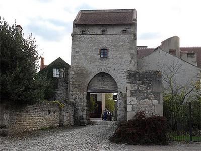 4b old city gateway