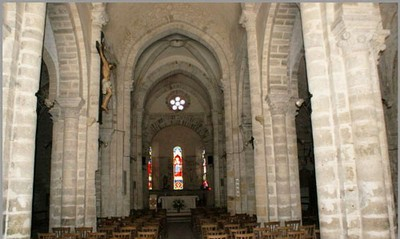 7 Charroux-church-interior ed