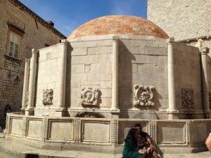 101-onofrios-fountain