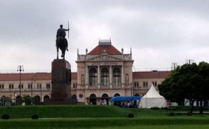 29-king-tomislav-square-and-main-railway-station-ed