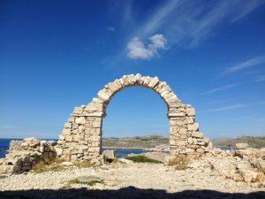 61-kornatis-mana-ruins