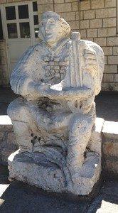 92-ston-musicain-sculpture-ed